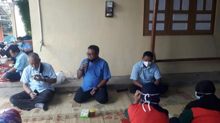 KWT Lestari Mertosanan Kulon Ikuti Pelatihan Hidroponik